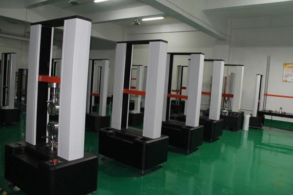 拉力试验机生产区域